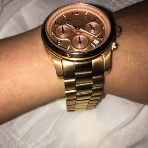 Michael Kors Ladies Rose Gold tone bracelet watch